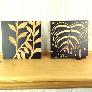 Dark Brown Leaves / Nature Wooden Etchings Accents